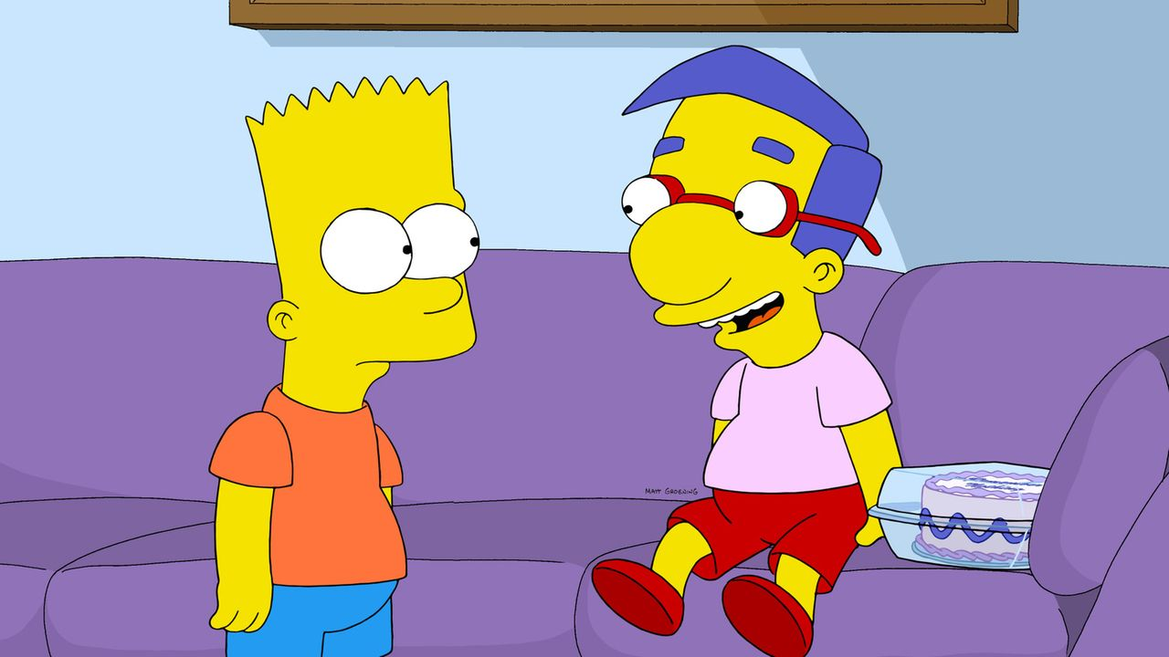 Wahre Freundschaft sieht anders aus: Als Bart (l.) mitbekommt, dass sein Kumpel Milhouse (r.) Opfer eines unfairen Tricks beim Wettrennen wird, schw... - Bildquelle: 2014 Twentieth Century Fox Film Corporation. All rights reserved.
