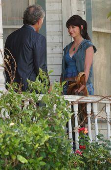 Ghost Whisperer - In einem alten Gebäude hat Melinda (Jennifer Love Hewitt, r...