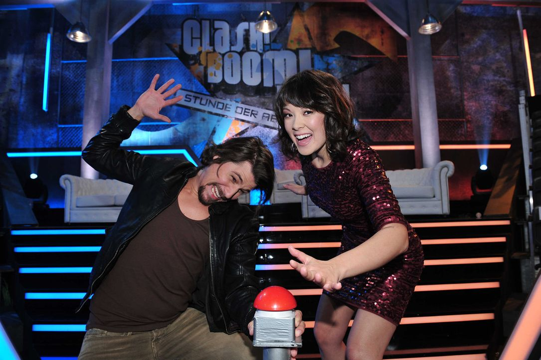 """""""Clash! Boom! Bang! - Die Stunde der Abrechnung"""" mit Nela Panghy-Lee (r.) und Tommy Scheel (l.) ... - Bildquelle: Andre Kowalski ProSieben"""