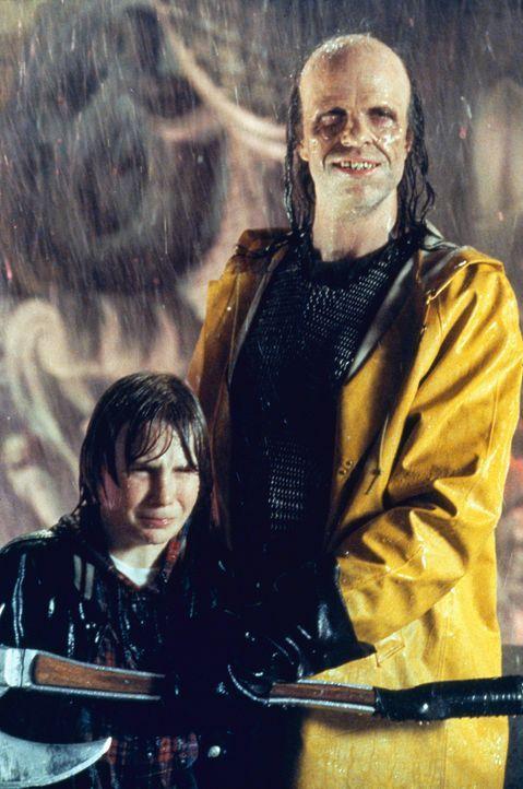 Danny (Austin O'Brien) wird von einem entlaufenen Film-Monster bedroht - ein Problem, das den New Yorkern nicht fremd ist ... - Bildquelle: Columbia Pictures