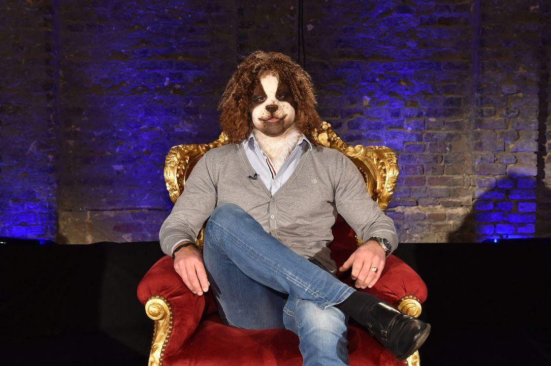 Als wuscheliger Hund geht der charmante Ricardo auf Beutefang ... - Bildquelle: Andre Kowalski Sixx