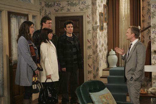 How I Met Your Mother - Ted (Josh Radnor, 2.v.r.), Marshall (Jason Segel, 2.v...