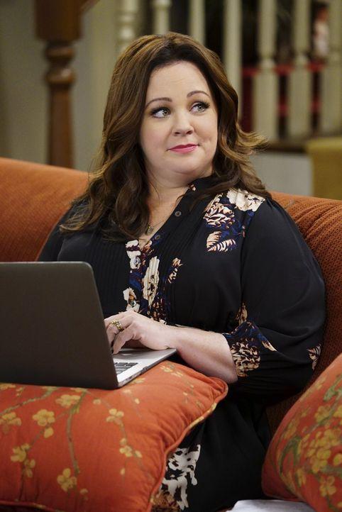 Als Mike Molly (Melissa McCarthy) vorwirft, nicht genug für ihn zu sorgen, ist sie empört über das antiquierte Frauenbild, das ihr Mann zu haben sch... - Bildquelle: Warner Brothers