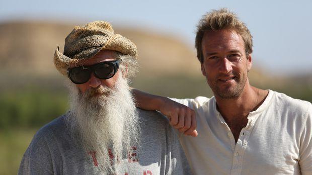 Zusammen mit dem ehemaligen New Yorker John Wells (l.) entdeckt Ben Fogle (r....