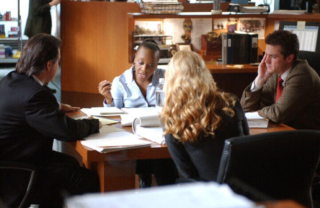 Jack Malone (Anthony LaPaglia, l.), Vivian Johnson (Marianne Jean-Baptiste, 2.v.l.), Samantha Spade (Poppy Montgomery, 2.v.r.) und Martin Fitzgerald... - Bildquelle: Warner Bros. Entertainment Inc.