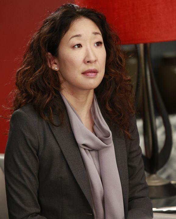Dr. Cristina Yang (Sandra Oh) ist eine wahnsinnig strebsame Ärztin und geht lieber auf Nummer sicher. Bei ihrem Freund Dr. Owen Hunt fühlt sie sic... - Bildquelle: ABC Studios