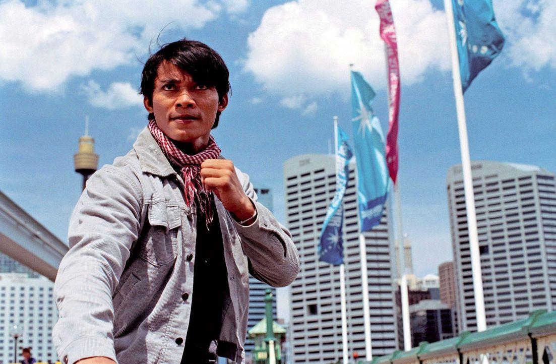 Gefährliche Ganoven und korrupte Polizisten erschweren die Suche Khams (Tony Jaa) nach seinen Elefanten ... - Bildquelle: e-m-s the DVD-Company