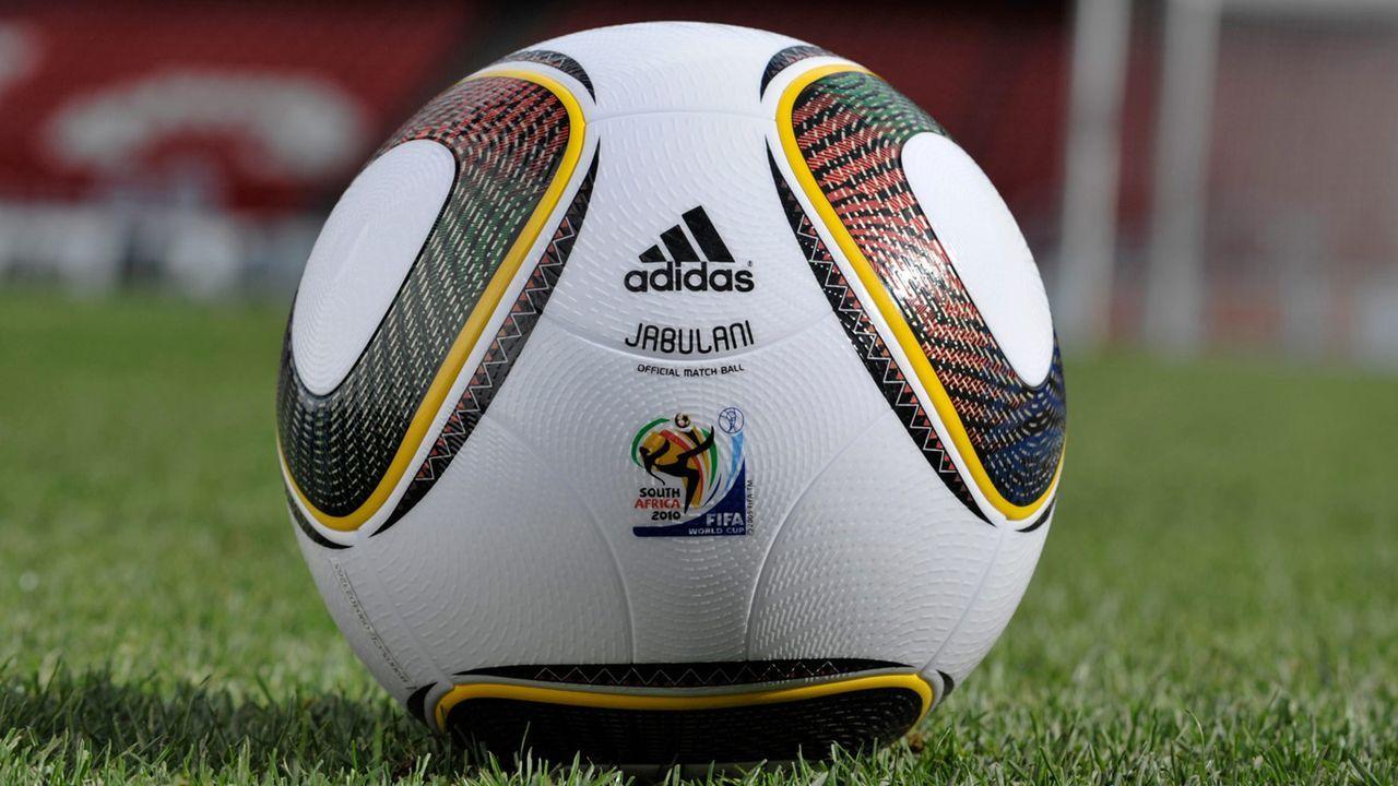Fussball-09-12-04-dpa - Bildquelle: adidas/dpa - Bildfunk