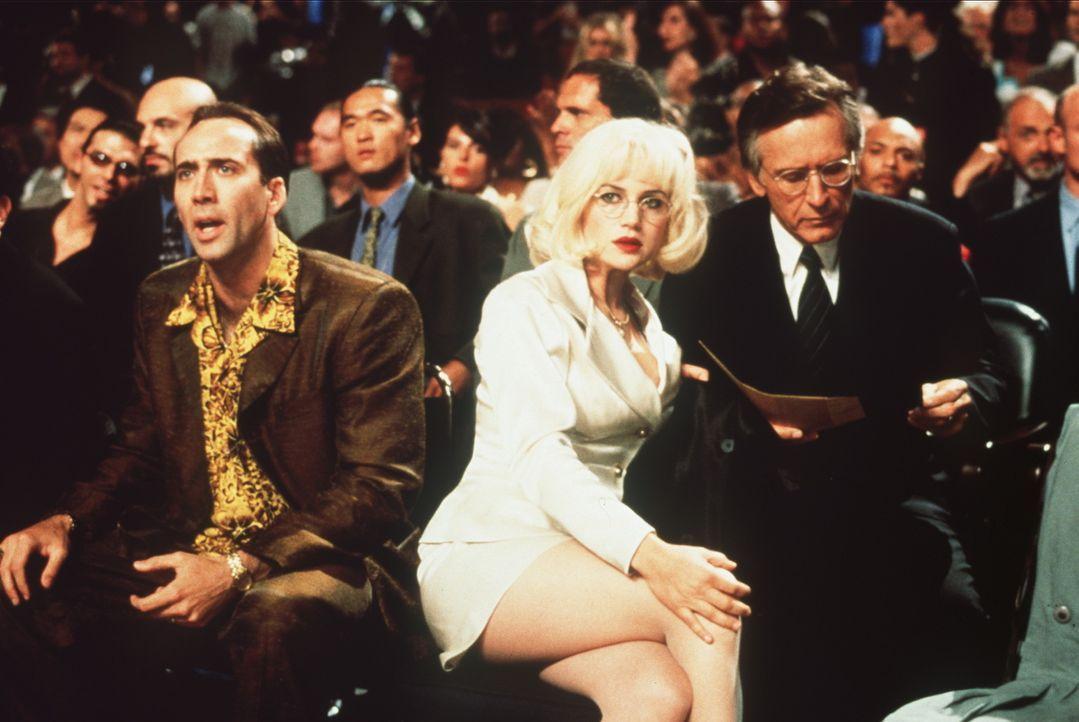 """Nur zum Vergnügen besucht der Cop Rick Santoro (Nicolas Cage, l.) einen Boxkampf in der """"Casino Arena"""" von Atlantic City. Noch hat er keine Ahnung,... - Bildquelle: Touchstone Pictures"""