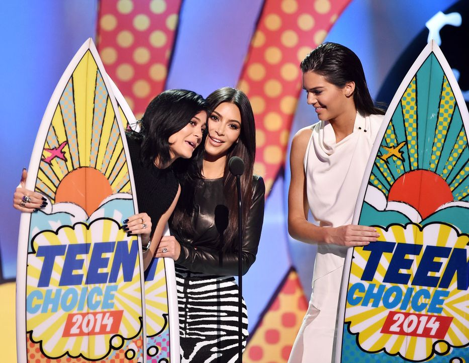Teen-Choice-Awards-Kendall-Jenner-Kim-Kardashian-Kylie-Jenner-140810-2-getty-AFP - Bildquelle: getty-AFP