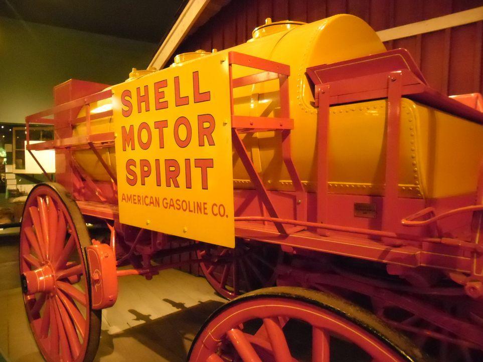 Neben den erschreckenden Schrumpfköpfen, enthüllt diese Folge auch spannende Informationen über antike Automobile (Bild) aus dem Seattle Museum of H... - Bildquelle: The Travel Channel, L.L.C. All Rights reserved.