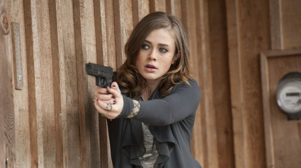 Olivia Tanis (Melissa Roxburgh) ist eine Whistleblowerin, die Informationen ü...