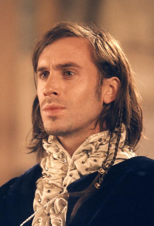 Bassanio (Joseph Fiennes) möchte um die Hand der schönen und schwerreichen Erbin von Belmont anhalten, doch dazu fehlt ihm das nötige Kleingeld.... - Bildquelle: CPT Holdings, Inc.  All Rights Reserved.