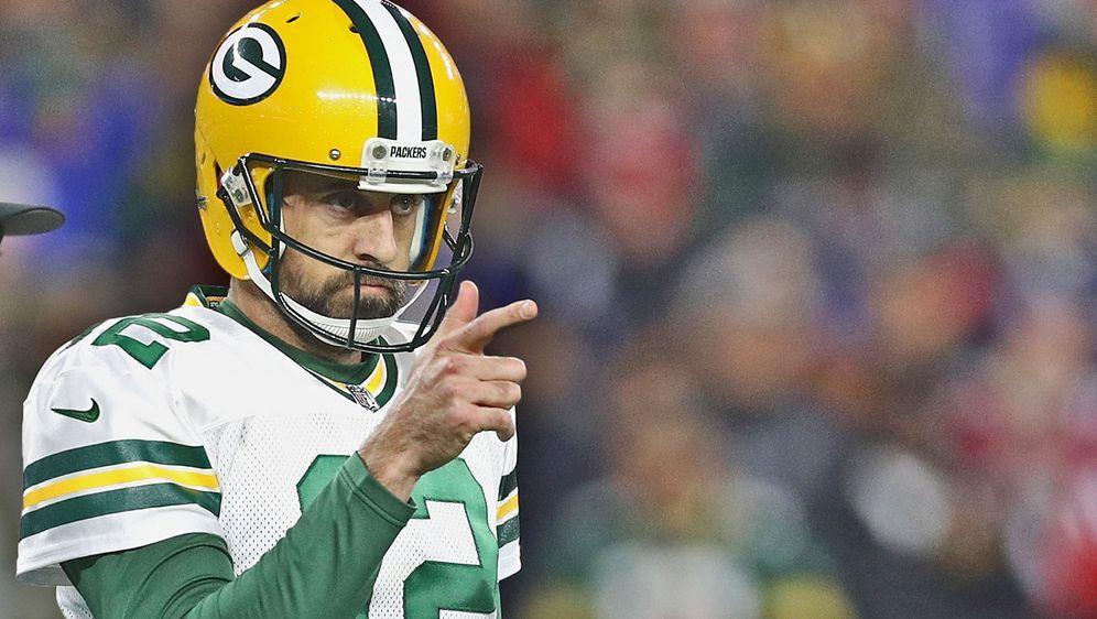 Nach der Niederlage gegen die Patriots übt Quarterback Aaron Rodgers Kritik ... - Bildquelle: 2018 Getty Images