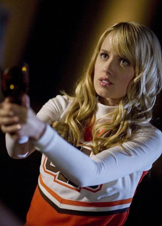 Grace (Megan Park) mag naiv sein, aber dennoch weiß sie sich zu wehren... - Bildquelle: ABC Family