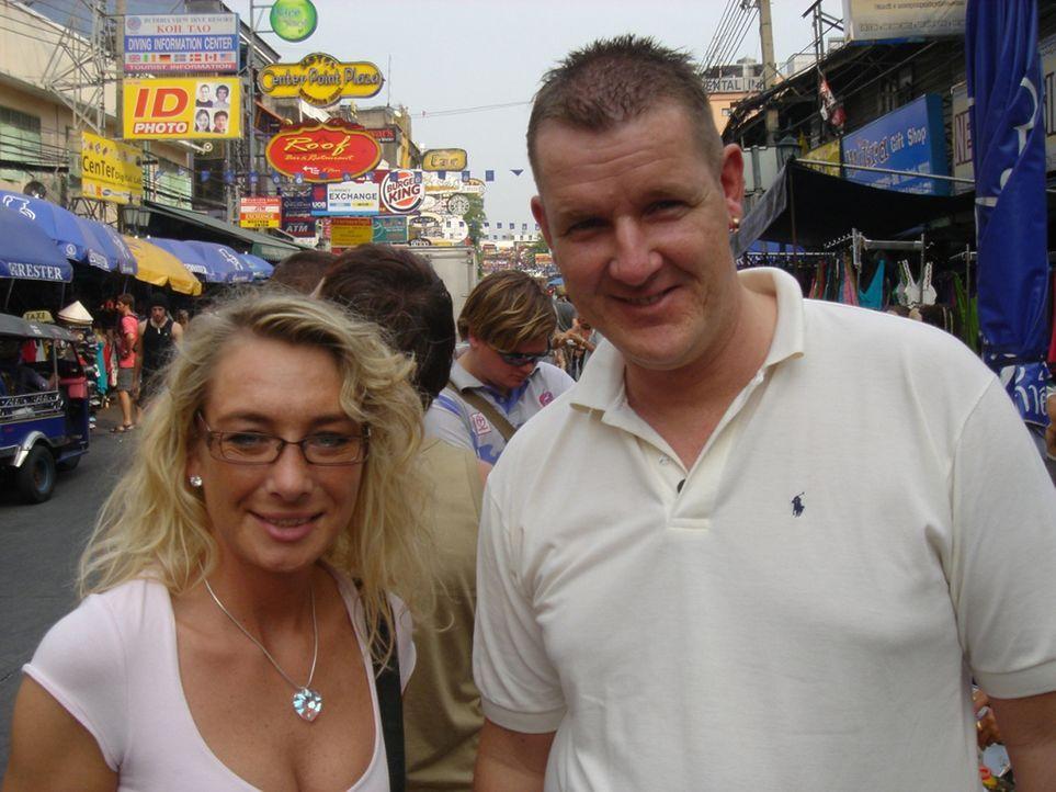 Kathy Weiss (32) und Thorsten Böhmer (35) wandern von Bochum nach Bangkok aus ... - Bildquelle: kabel eins
