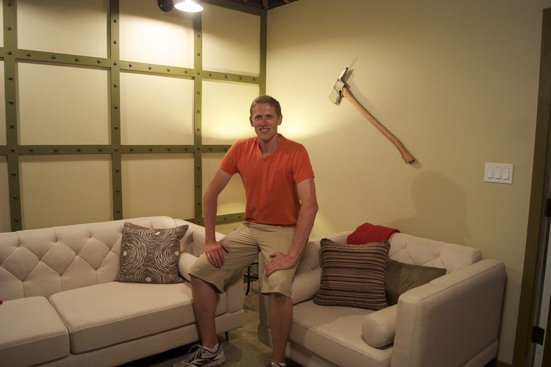 Aus einer Rumpelkammer zaubern Josh Temple und sein Team ein stylisches Feuerwehr-Clubhaus mit Indoor-und Outdoor-Sitzmöglichkeiten. Was wohl Hausbe... - Bildquelle: 2012, DIY Network/Scripps Networks, LLC. All Rights Reserved.