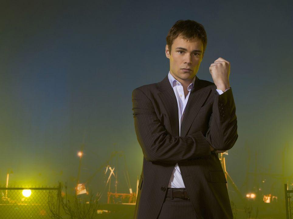 (4. Staffel) - Shawn Farrell (Patrick Flueger) muss schwere Schicksalsschläge hinnehmen ... - Bildquelle: Viacom Productions Inc.