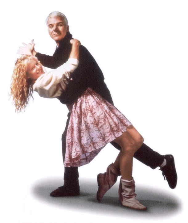 Ein Tänzchen in Ehren kann niemand verwehren: C. D. Bales (Steve Martin, r.) und Roxanne (Daryl Hannah, l.) - Bildquelle: Copyright   1987 Columbia Pictures Industries, Inc. All Rights Reserved.