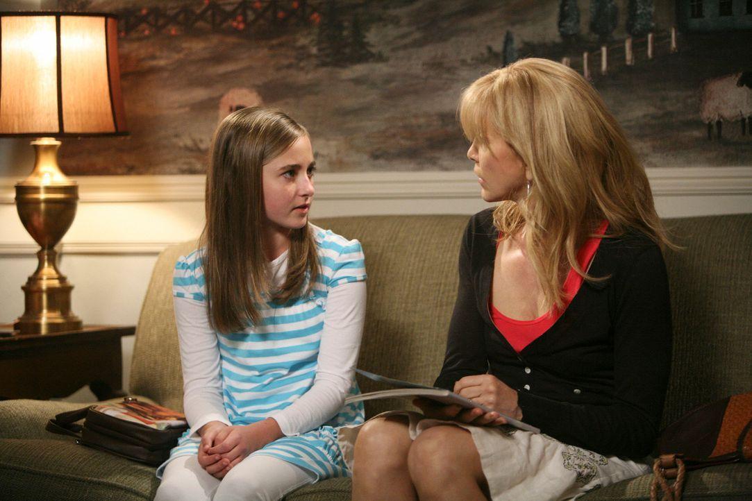 Als Lynette (Felicity Huffman, r.) durch Zufall herausfindet, dass Kayla (Rachel Fox, l.) die Zwillinge dazu überredet hat, das Feuer zu legen - spi... - Bildquelle: ABC Studios
