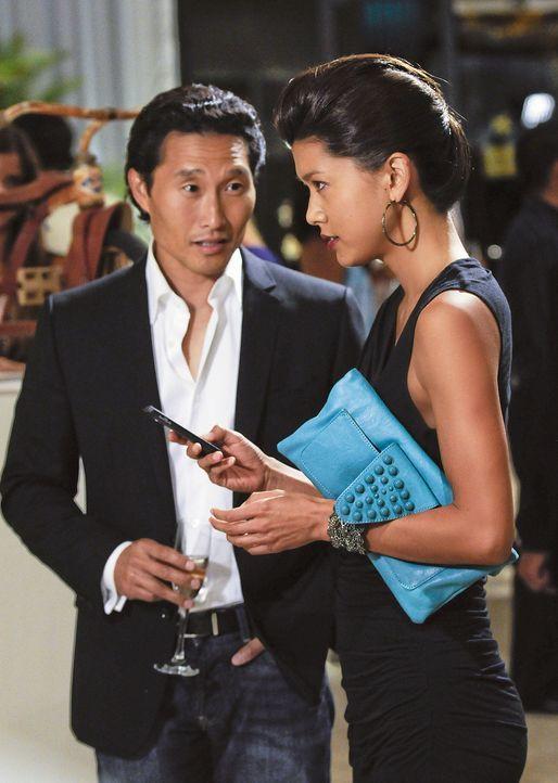 Ermitteln undercover in einem neuen Mordfall: Chin (Daniel Dae Kim, l.) und Kono (Grace Park, r.) ... - Bildquelle: TM &   2010 CBS Studios Inc. All Rights Reserved.
