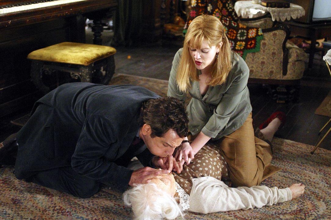 Die ältere Dame stellt sich bald als nervenaufreibender Hausdrachen heraus, der tagsüber Alex (Ben Stiller, l.) mit unzähligen Aufgaben beschäft... - Bildquelle: Miramax Films.  All Rights Reserved.