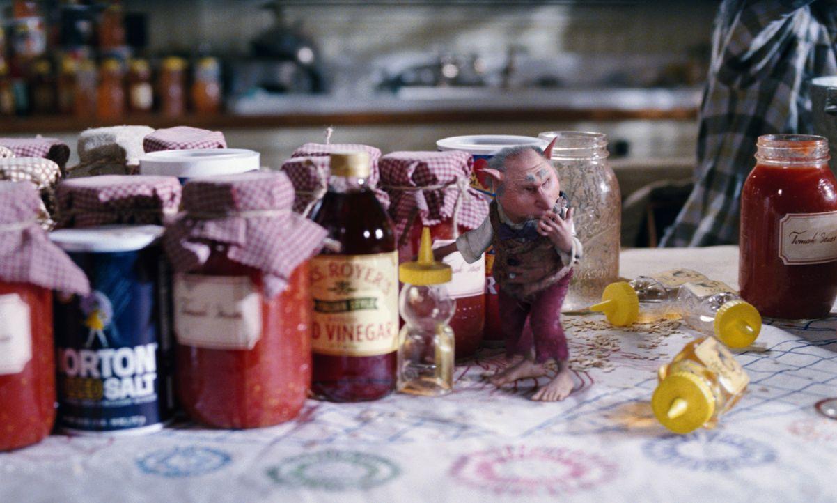 Honig ist die Leibspeise von dem Wichtelmännchen Thimbletack ... - Bildquelle: Paramount Pictures