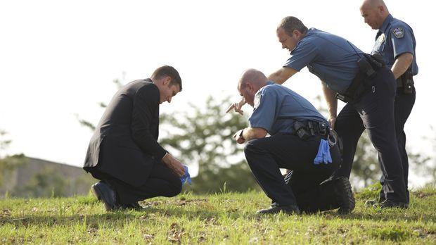 Ein junger Vater wird durch eine einzige Kugel am hellichten Tag erschossen....