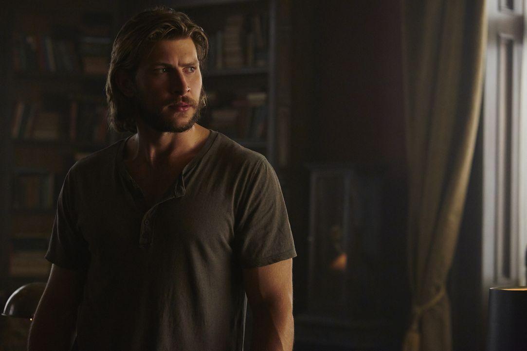 Möchte um jeden Preis Elena wiederfinden: Clay (Greyston Holt) ... - Bildquelle: 2015 She-Wolf Season 2 Productions Inc.