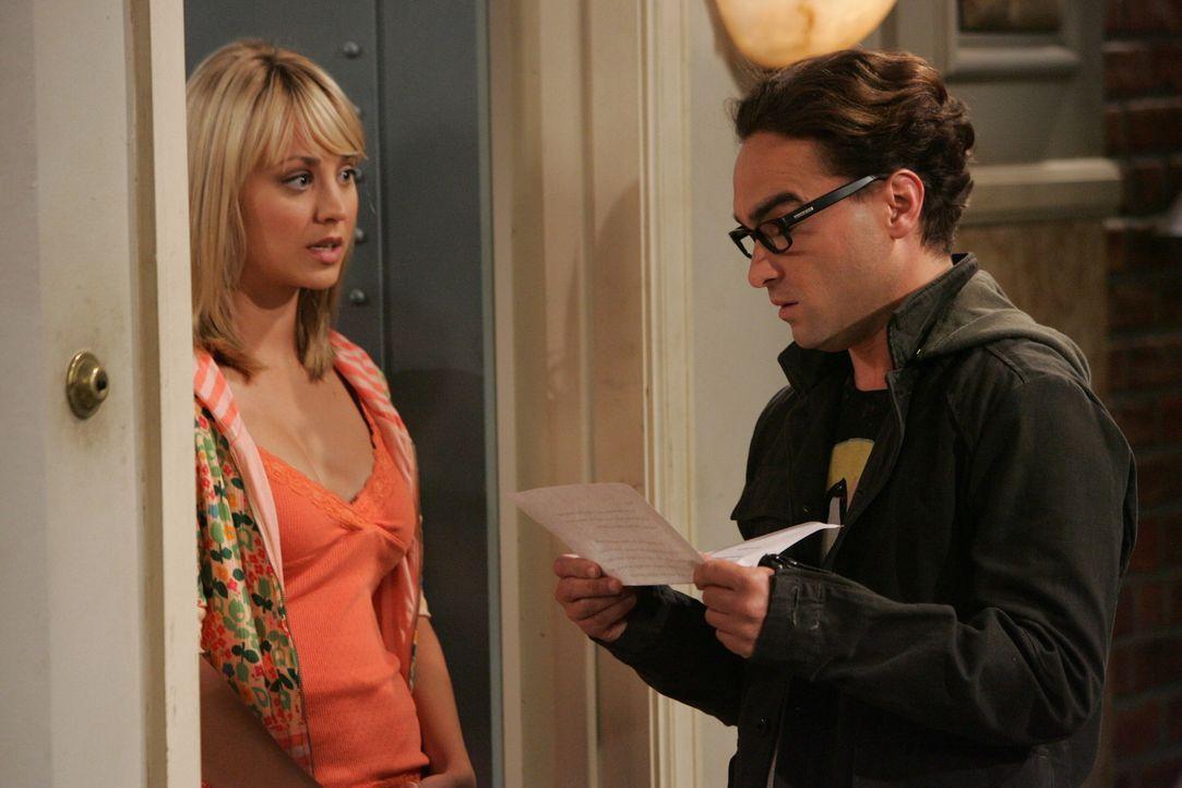 Penny (Kaley Cuoco, l.) bittet Leonard (Johnny Galecki, r.) und Sheldon um Hilfe - welche jedoch im Streit endet ... - Bildquelle: Warner Bros. Television