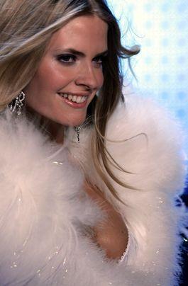 Victoria Secret - Frühstücksfernsehen - Bildquelle: AFP