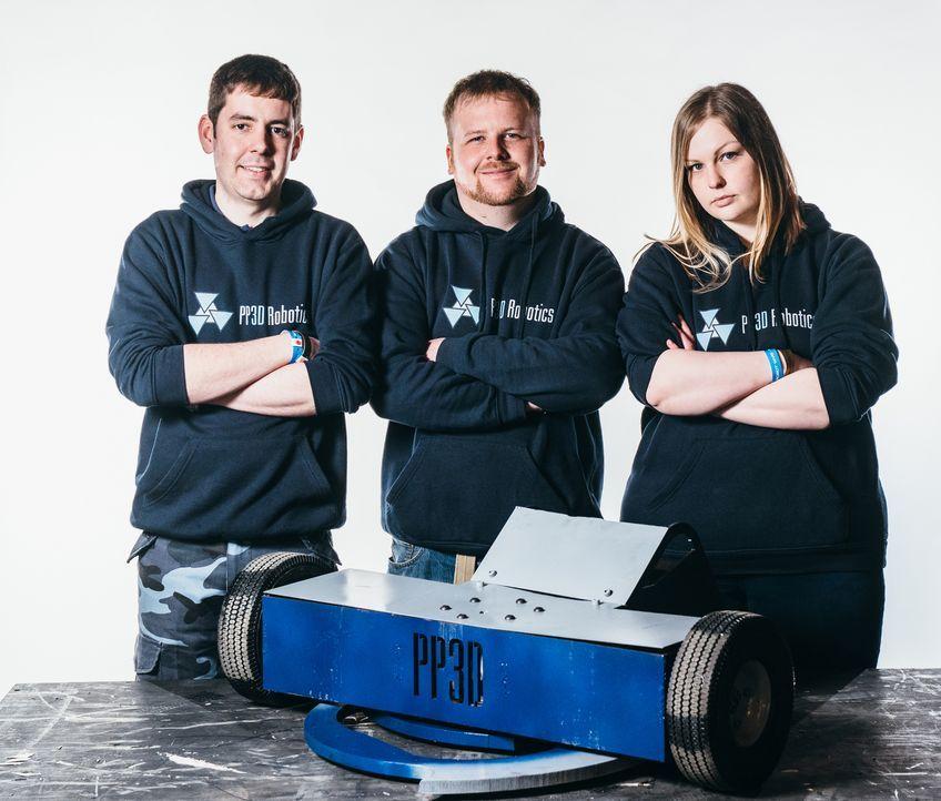 """Wollen mit ihrem Roboter bei den """"Robot Wars"""" ins Finale kommen: Team PP3D... - Bildquelle: Andrew Rae"""