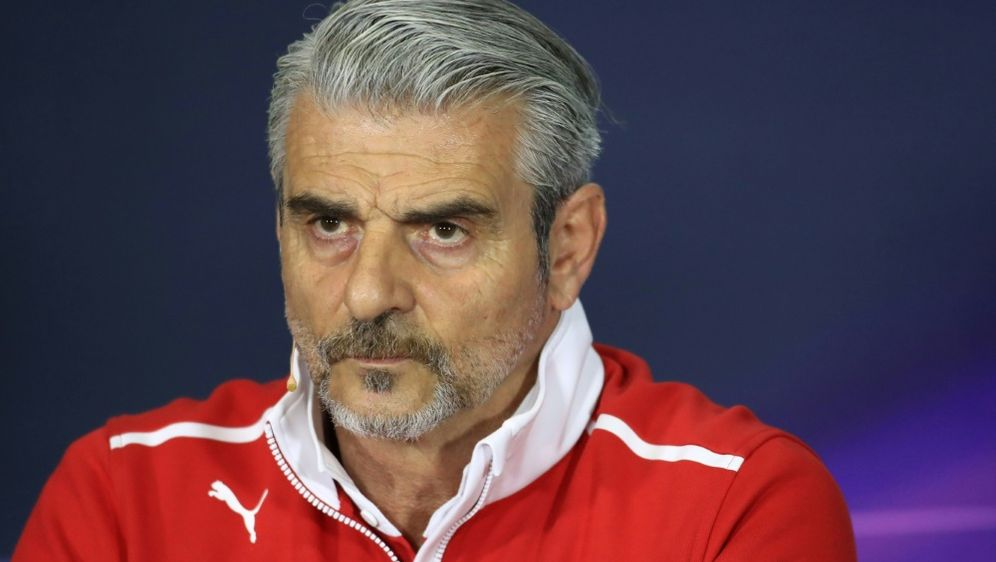 Ferrari-Teamchef Arrivabene glaubt noch an ein Comeback - Bildquelle: pixathlonpixathlonSID