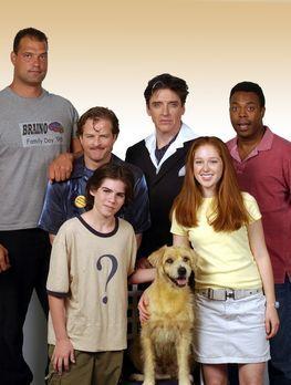 Lenny, der Wunder-Hund - Bekommen es mit Lenny, dem Wunderhund zu tun: (v.l.n...