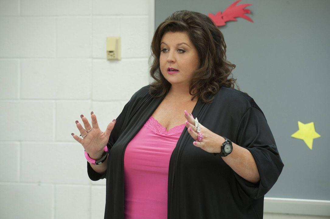 Hat einige Erinnerungen an die Zeit während des Drehs zur zweiten Staffel: Abby ... - Bildquelle: Scott Gries 2012 A+E Networks