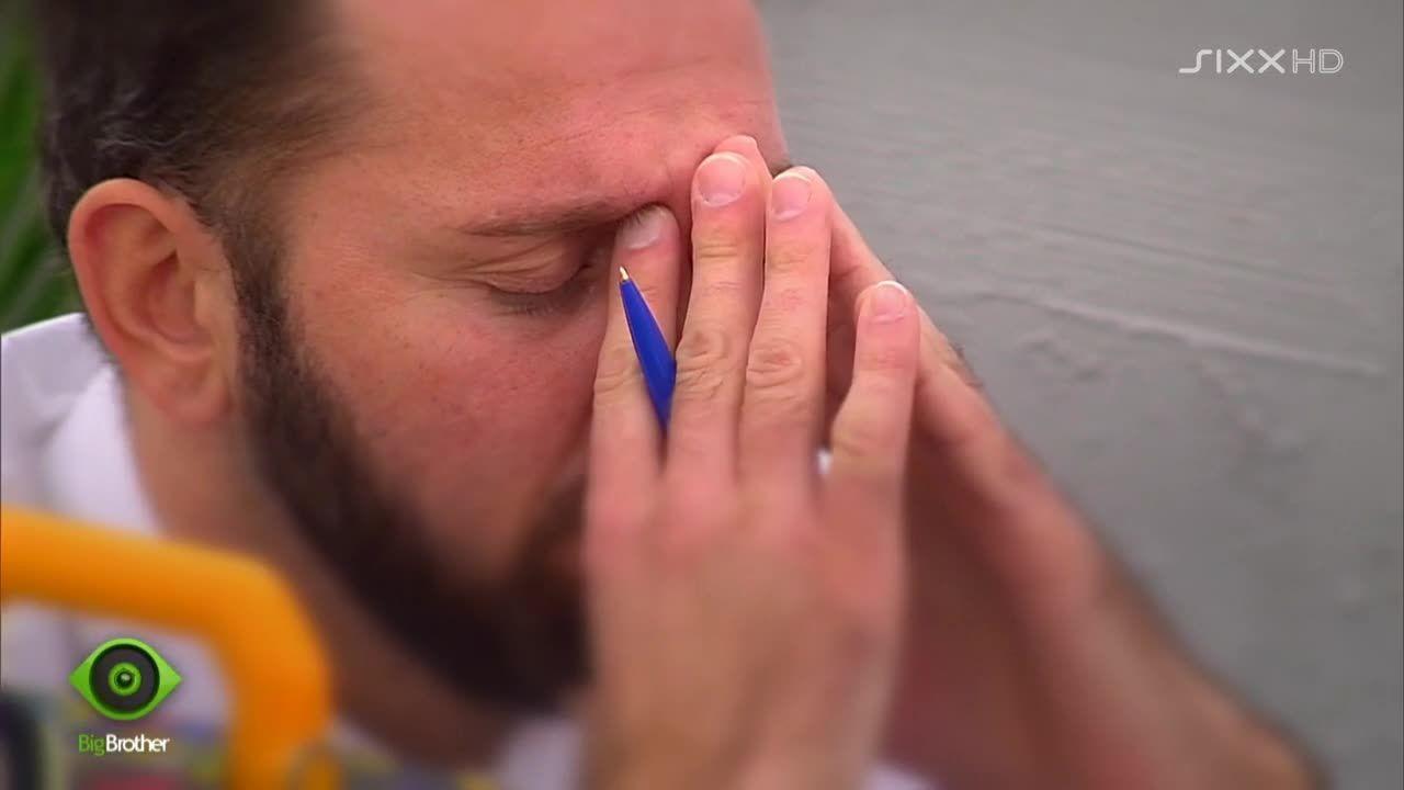 Thomas konzentriert sich - Bildquelle: sixx