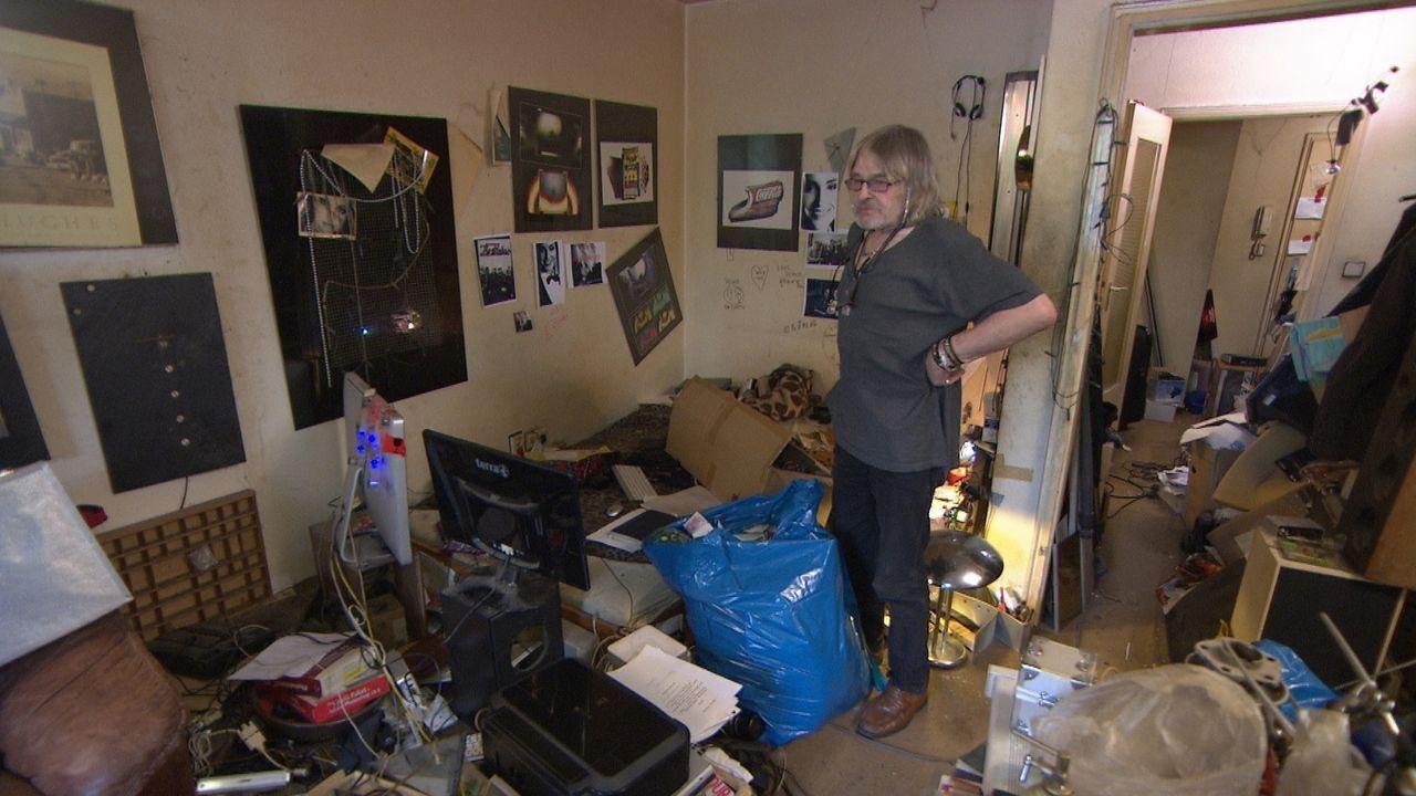 Messie Norbert glaubt, dass er alles, was er in seiner kleinen Wohnung hortet, vielleicht noch mal verwenden könnte ... - Bildquelle: kabel eins