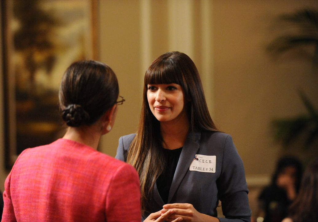 Cece (Hannah Simone) besucht eine Dating-Veranstaltung in der Hoffnung, dort den richtigen Mann zu treffen ... - Bildquelle: 2013 Twentieth Century Fox Film Corporation. All rights reserved.
