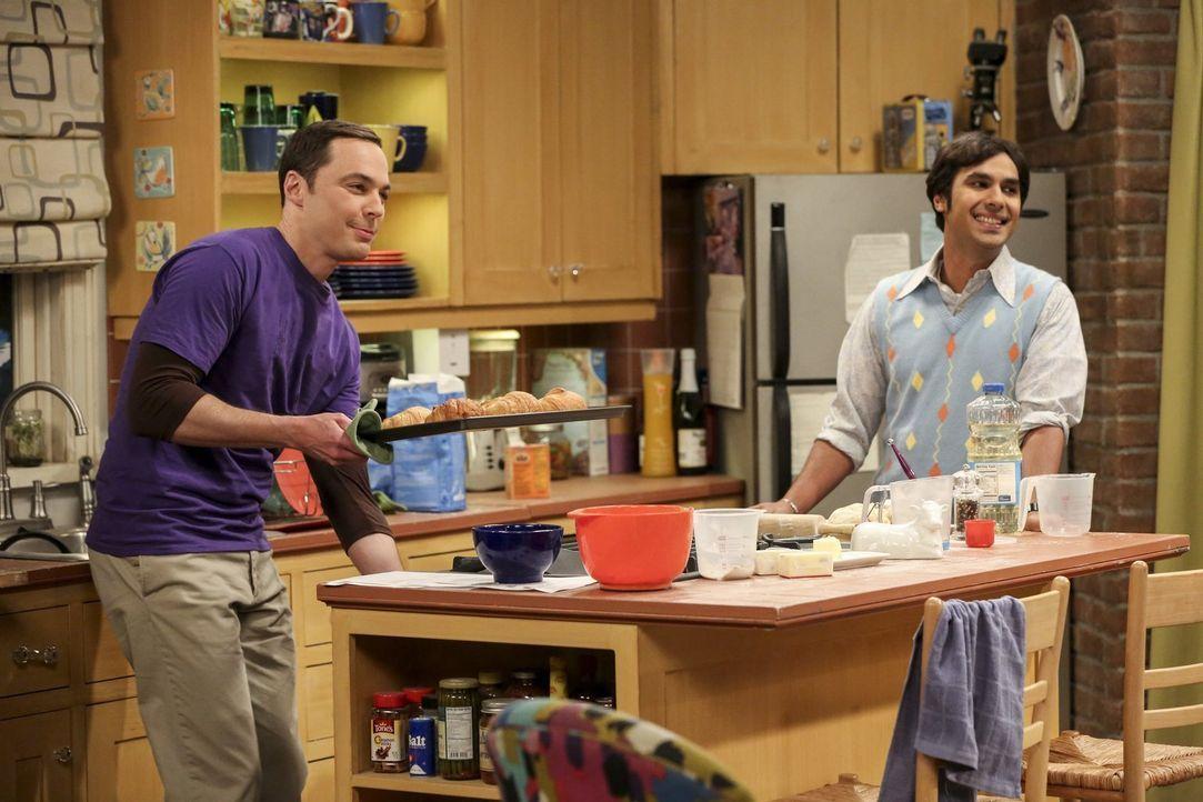 Backen hält jung. Das ist die Theorie von Sheldon (Jim Parsons, l.), weswegen er sich zusammen mit Raj (Kunal Nayyar, r.) in der Küche austobt ... - Bildquelle: 2016 Warner Brothers
