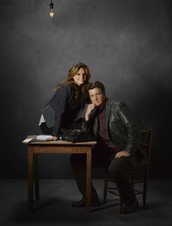 (5. Staffel) -  Können weder mit noch ohne einander: Richard Castle (Nathan Fillion, r.) und Kate Beckett (Stana Katic, l.) - Bildquelle: ABC Studios