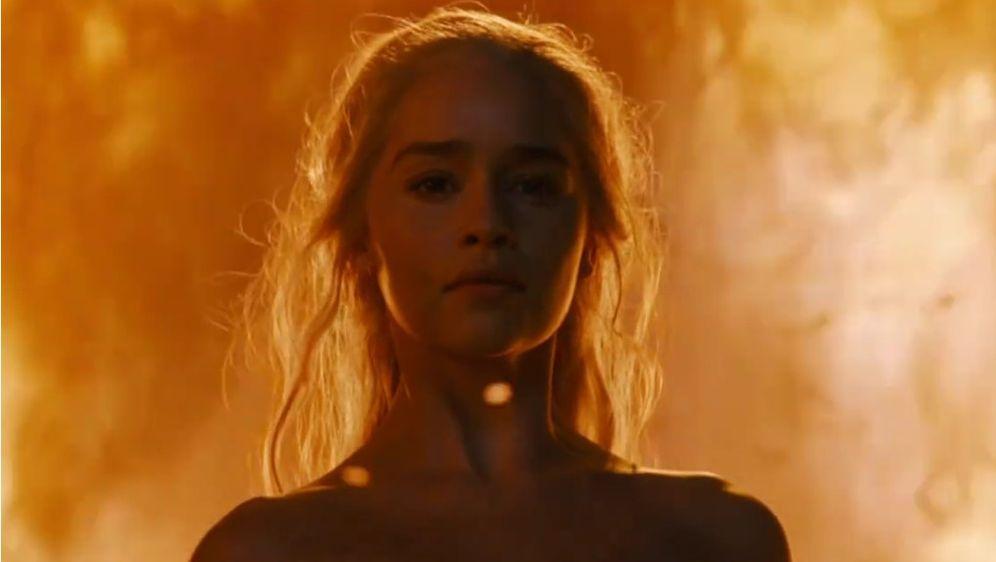 Game Of Thrones Staffel 6 Mit Emilia Clarke Khal Drogo Feiert