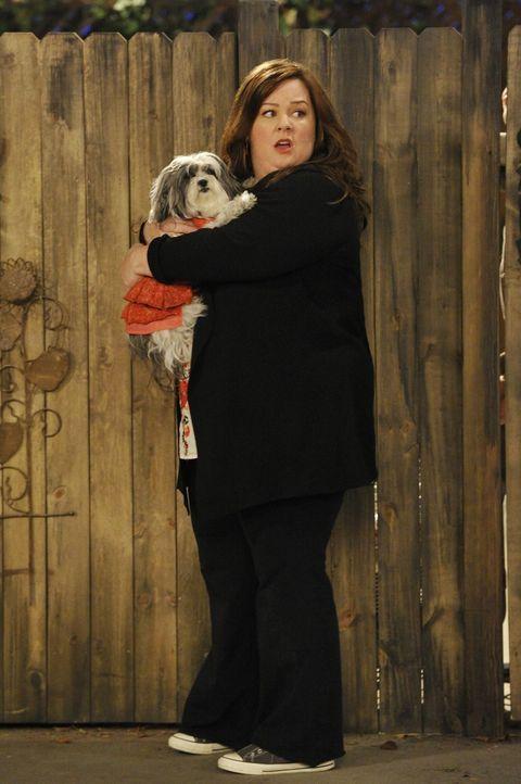 Hat einen Verdacht, was ihren Nachbarn betrifft: Molly (Melissa McCarthy) ... - Bildquelle: Warner Brothers