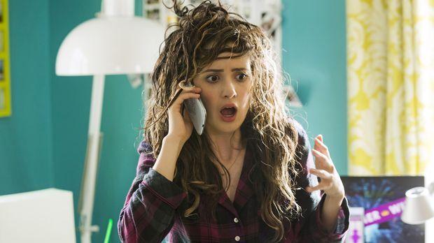 Für Monica (Laura Marano) wird der absolute Albtraum wahr: Ein Bad Hair Day a...