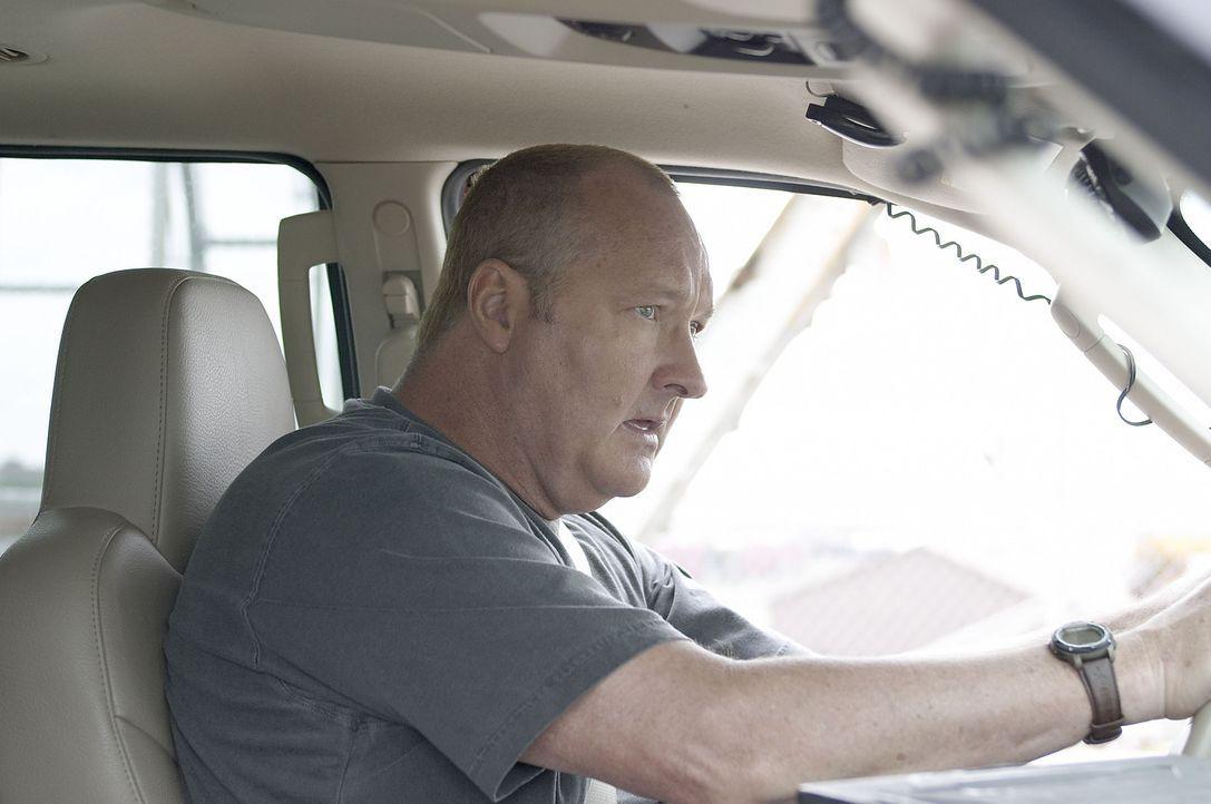 Jetzt kann nur noch einer helfen: Tornado Tommy (Randy Quaid) ... - Bildquelle: Hallmark Entertainment