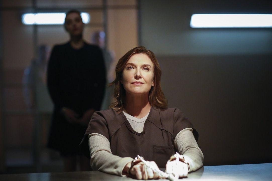 Offenbart ihrer Tochter Lena eine grausame Wahrheit und will eine zweite Chance: Lillian Luthor (Brenda Strong) ... - Bildquelle: 2016 Warner Brothers