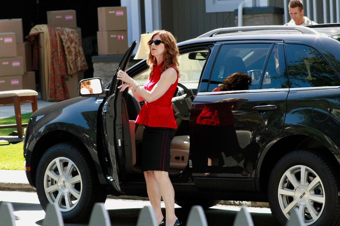 Die neuen Nachbarn Katherine (Dana Delany), Adam und Dylan Mayfair verbergen etwas aus ihrer Vergangenheit ... - Bildquelle: ABC Studios