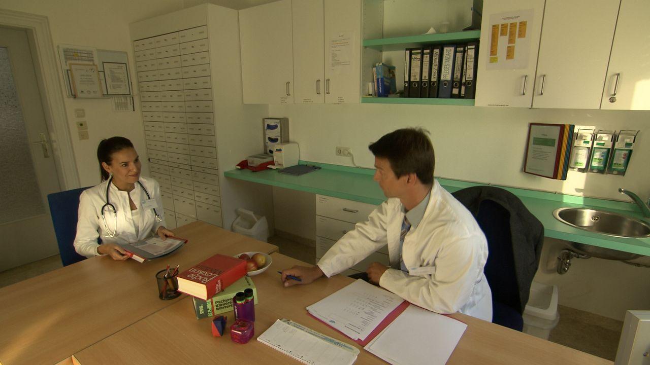 Arztin in Not_121