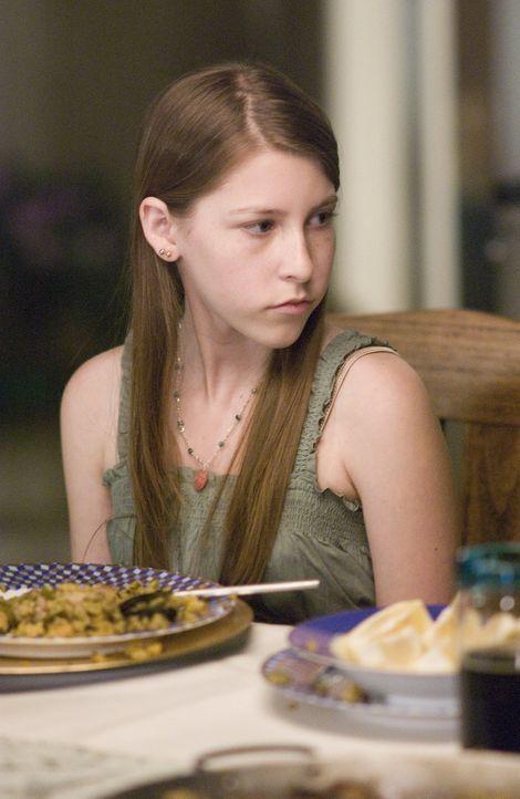 Nancys Sohn Shane ist über beide Ohren verliebt in seine Klassenkameradin Gretchen (Eden Sher) ... - Bildquelle: Lions Gate Television