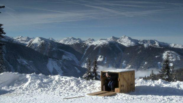 Schulz in the Box - In eine Holzkiste gesperrt, wird Olli nach Schladming ver...