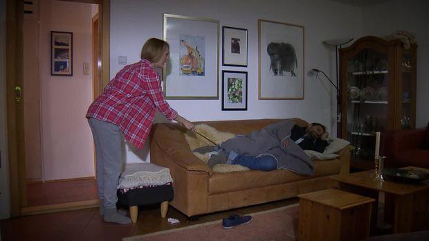 Schicksale - Und Plötzlich Ist Alles Anders - Schicksale - Und Plötzlich Ist Alles Anders - Der Fremde Auf Ihrer Couch